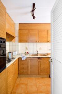 Apt Brises II BR2-441 Kitchen 640x960