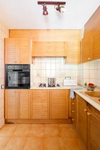 Apt Brises II BR2-442 Kitchen 640x960