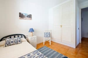 Apt Brises II BR2-466 Third Bedroom - One Bed Option 960x640
