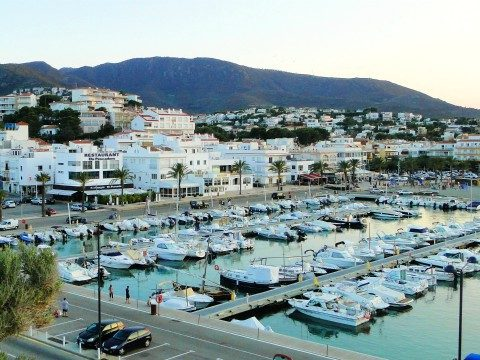View of Port de Llançà 480x360
