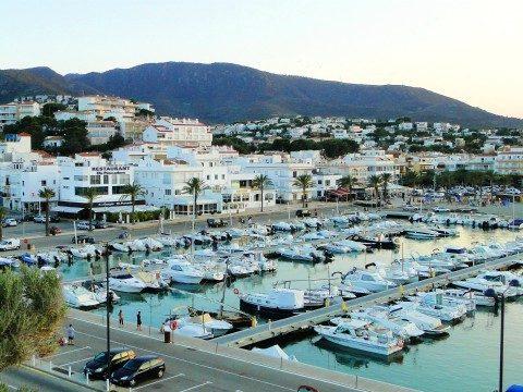 View of Port de Llançà 480x360